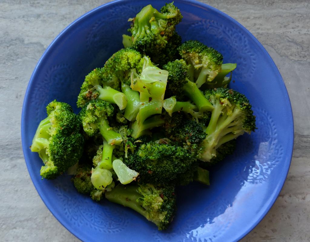 Crunchy Lemon Broccoli Recipe