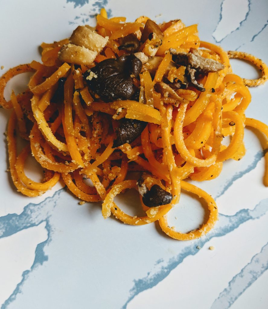 how to cook butternut squash noodles. healthy pasta alternative.