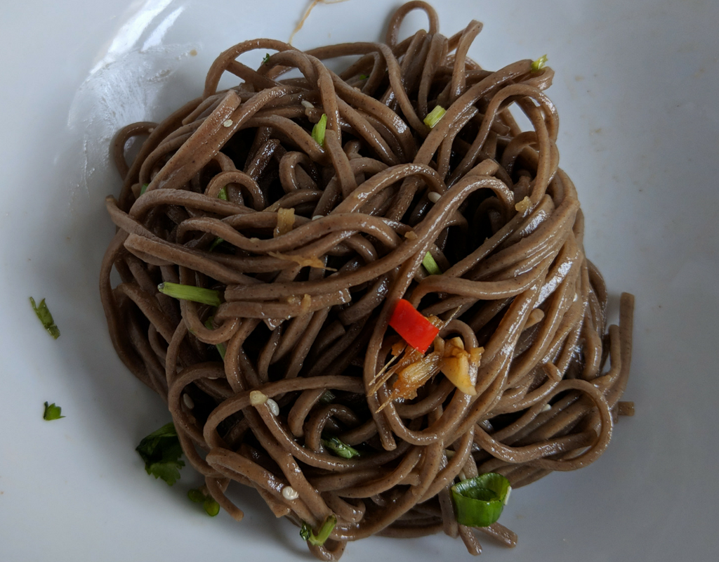 Easy Soba Noodles With Ginger Garlic Sauce | Buckwheat Noodles With Ginger and Garlic Sauce