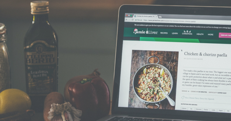 How To Pick A Domain Name For Your Food Blog | Avoid These Mistakes